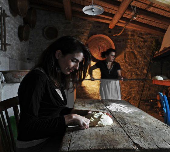 old-backery_bread-making_ND3_73701